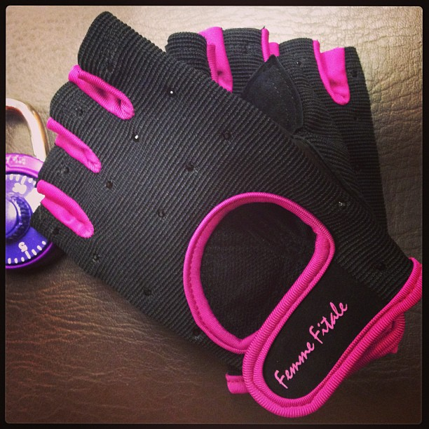 Femme Fitale weightlifting gloves