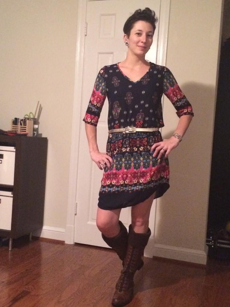 Raiya 3/4 Sleeve Vneck Floral Shift Dress (Belted)